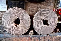 Molen De Valk 2016 - Millstones (Michiel2005) Tags: holland mill netherlands windmill leiden nederland millstone falcon molen steen windmolen valk devalk molendevalk molensteen maalstenen