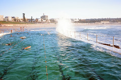 Surf crashing at Bondi (Robert Ogilvie) Tags: sydney australia contaxt oceanpool