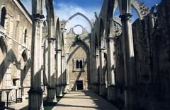 Lisbon, Convent of Our Lady of Mount Carmel,ruined church (Ilkhanid) Tags: portugal lisbon kloster klossterruine ruine ruina rovine monastery monasterio monastre mosteiro klasztor klter gothic gothique gotik gotico gotisch carmelites lisboa conventodaordemdocarmo convento couvent