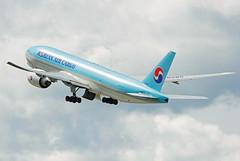 HL8285 (Skidmarks_1) Tags: norway airport aircraft aviation cargo osl freighter boeing777 engm koreanaircargo oslogardermoenairport hl8285