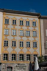 K5IIs-161014-041 (Steve Chasey Photography) Tags: salzburg austria obersterreich upperaustria universitatsplatz smcpentaxda1650mm pentaxk5mkiis