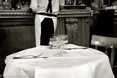 Brasserie 9 (Oliflyer) Tags: blackandwhite paris france noiretblanc nb brasserie lieux bistrot cafe brebant garcon brasserieparisienne