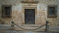 Portn (Oscar F. Hevia) Tags: door espaa window stone ventana casa spain puerta gate lasvegas palace chain grating palacio cadena chinchn piedra porton canteria verja comunidaddemadrid