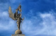 Statue (Arimm) Tags: blue sky statue arimm