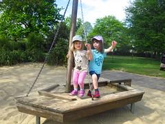 IXX_4176 (acme) Tags: playground lara kensingtongardens eliza
