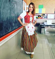 Da de Canarias en el colegio! #adoromiprofesion #soymaestra #nios #vocacin #pequeos #enanosadorables :two_women_hold (elblogdemonica) Tags: hat fashion shirt bag happy shoes pants details moda zapatos jacket trendy tendencias looks pantalones sombrero collar camiseta detalles outfits bolso chaqueta pulseras mystyle basicos streetstyle sportlook miestilo modaespaola blogdemoda springlooks instagram ifttt tagsforlike elblogdemonica