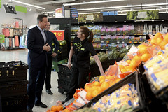PM visit to Asda, Hayes (The Prime Minister's Office) Tags: uk london asda photo government hayes primeminister 2016 10downingstreet davidcameron chrislowe georginacoupe harriethowe