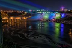 Nocturna Niagara (Jesus Casanova) Tags: light fall noche long exposure niagara nocturna cataratas exposicion larga