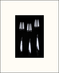 Three d'oeuvre forks (Bob R.L. Evans) Tags: kitchen three pattern highcontrast minimalism simple ipadphotgraphy stilllifeforks