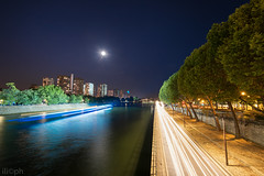 Paris - Seine (ilic photographer) Tags: photography paris parigi nikon night nikond810 d810 seine longexposure exposure moon