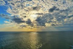 Sunlight behind those clouds (JaNuchjarin) Tags: sunlight sunshine clouds uluwatu bali indonesia sea ocean indianocean canon canong5x g5x