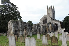 Bungay,norfolk uk (southessexmale) Tags: bungay norfolk castle church