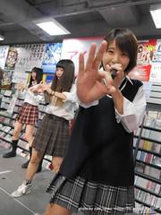 """みのひ~ (箕輪美里) / HOT HEAT HEAT GIRLS 1st single """"JUMP"""" リリースイベントミニライブ (制服回)"""