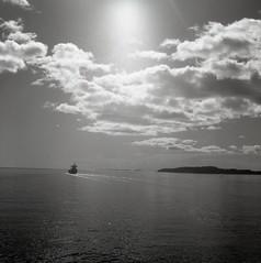 Sunny voyages (Lars Emil J) Tags: tlr film ferry moss ship kodak tmax iso400 prison yashica horten yashicamat124g 2015 fengsel yashicamat124 basty bast fergen