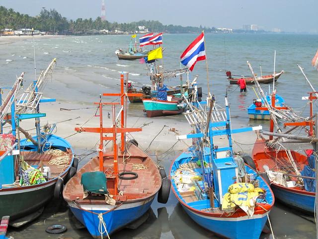 Bateaux de pêche à Hua Hin, Thaïlande