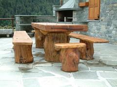 DSCF0019 (serafinocugnod) Tags: legno tavoli