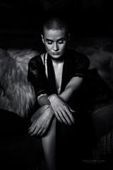 Kasia (byfer / Fernando Ocaa) Tags: bw woman hands poland manos workshop polonia