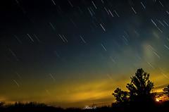 Equinoccio (Thitn) Tags: longexposure luz night noche nikon raw natural luna cielo estrellas airelibre thitan d5100