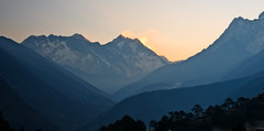 Morning sun rays coming from behind Mt. Lhoste and Mt Everest, Everest Panoram Trek, Nepal (CamelKW) Tags: nepal sunrise everest sunray lhotse 2016 everestpanoram