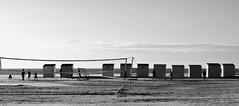 Near sunset (L_u_c) Tags: sea sky mer net beach monochrome children outside evening seaside nikon exterior play belgium belgique ciel enfants soire soir extrieur plage cabins oostduinkerke jeux jouer koksijde filer nikond300s cabinnes