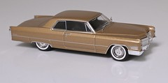 Cadillac Coupe Deville 1966 (Jeffcad) Tags: cadillac coupe deville 1966 143 scale model altaya edition ixo diecast gold sixties