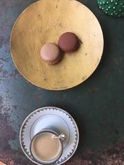 Pause caf (torres.stephanie1975) Tags: coffee caf macarons