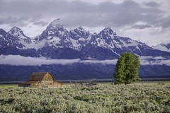 Mormon row Sunrise (HDRob) Tags: mormonrow sunrise grandtetons lgrandtetonnationalpark landscape mountains