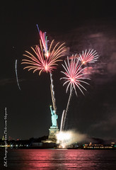 Statue Of Liberty Fireworks July 16 2016-36 (bkrieger02) Tags: nyc newyorkcity longexposure nightphotography brooklyn canon fireworks hudsonriver statueofliberty pyro redhook libertyisland pyrotechnics libertyharbor canonusa 7dmkii louisvalentinopier