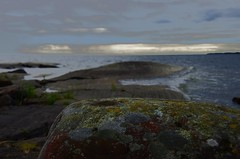Timelessness! (mimmith) Tags: rock vnern archipelago vrmland timlessness divingamongstheclouds