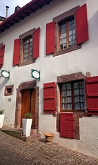 Casa em SJPP (vmribeiro.net) Tags: saintjeanpieddeport france saint jean pied port frana sony z1 caminho camino way frances santiago jacques james