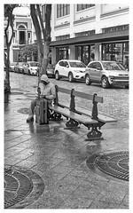Viajero (JOSEAN GOMEZ) Tags: urban texture blancoynegro 35mm blackwhite arquitectura oldsanjuan puertorico trix streetphotography d76 textures sidewalk kodaktrix analogue texturas viejosanjuan adoquines lightroom kodakfilm rangefinders fotocallejera kodakd76 fotografiacallejera negativo35mm films35mm epsonperfectionv500scanner oldsanjuanstreets silverefexpro2 camaraleicaiiia