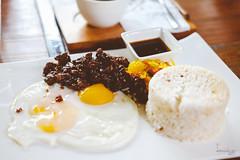 Beef Tapa Breakfast (Daniel Y. Go) Tags: fuji fujixpro2 xpro2 philippines food beef tapa coffeeempire