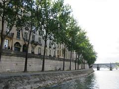 France - Paris - River Seine boat trip - le Saint-Louis (JulesFoto) Tags: lesaintlouis france paris riverseine