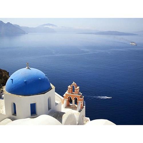 The beauty of #GreekIslands is unique. #Santorini Island❤️ #ribcruises #cruise #rentaboat #greece #summer #sea