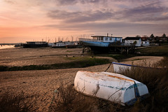 Hope. (Andy Bracey -) Tags: sunset beach hope nikon blackwater essex mudflats houseboats mersea bracey westmersea riverblackwater d700 andybracey