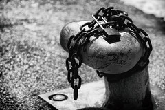 Chained :: LDG (w_oll_e) Tags: italien bw riva lagodigarda