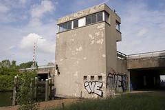 Brugwachter (Arend Jan Wonink) Tags: groningen jaagpad ringweg