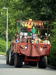 DSCN4071 (2) (Rhoon in beeld) Tags: new tractor holland parade rhoon indianen dorpsdijk