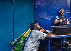 Street photography in Santo Domingo, Dominicana (dleiva) Tags: socialdocumentary dleiva domingo leiva mercado market people portrait street photo photography woman santo república dominicana dominican republic