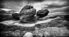 The 'Kissing Stones' (CarlG1975) Tags: canon 600d sigma 1020mm wide angle black white bleaklow derbyshire
