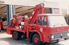 XKB 927W (Emergency_Vehicles) Tags: merseyside fire brigade ford d series marine pump unit xkb927w