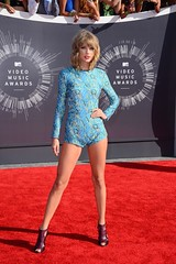 Taylor Swift Net Worth (postcelebrity) Tags: she life sea house beach up this is nice day view property well kind every taylor singer imagine swift waking does breeze own leads owning