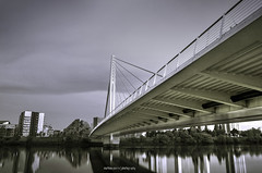 Nantes ric-Tabarly Bridge ( Mathieu Pierre photography) Tags: bridge canon eos tripod 7d grip f28 nantes vanguard manfrotto 1635 benro b0 rs60e3 bge16 monopode skyborne rictabarly 694cx tma28a