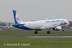 A321-231 N564TA (VP-BBH) URAL AIRLINES (shanairpic) Tags: shannon a321 jetairliner airbusa321 uralairlines n564ta eirtech vpbbh