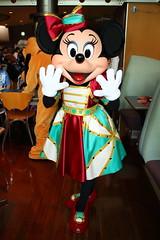 Minnie Mouse (sidonald) Tags: tokyo disney minnie minniemouse greeting tokyodisneysea tds tdr tokyodisneyresort    horizonbayrestaurant