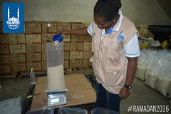 Food is being measured in Kenya for Islamic Relief's Ramadan food distribution.