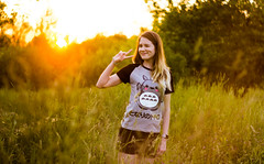 Summertime sunset (Etti.Nekov) Tags: sunset summer orange sun cute colors girl beauty canon countryside outdoor tshirt summertime cuteness 58mm tororo 443 550d gelios