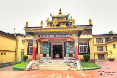 Ngagyur Nyingma Institute - Namdroling Monastery (Darshan Karia) Tags: india karnataka hdr goldentemple namdrolingmonastery sunkadahalli
