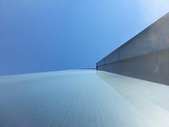 Up (blondinrikard) Tags: sky building up metal himmel bluesky lookingup façade fasad byggnad grodperspektiv tittarupp