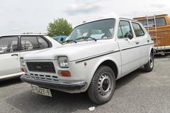 Seat 127 (xwattez) Tags: auto old france car automobile seat voiture 127 spanish transports espagnole ancienne 2015 rétro tarbes véhicule boursedéchange